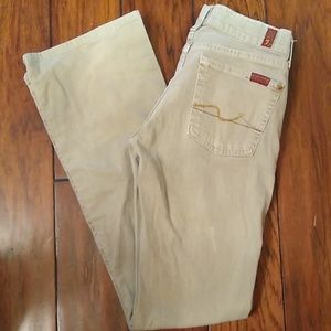 7 For All Mankind Jeans. Size 25.